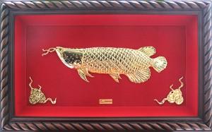 tranh đồng chạm cá quý