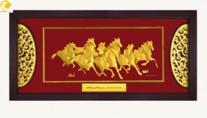 Tranh dát vàng 24k hiện đang là món quà sang trọng & cao cấp, thể hiện được lòng quý mến tôn trọng từ người tặng đến người nhận quà. Các sản phẩm tranh