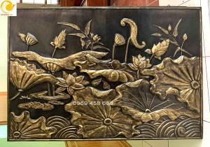 phù điêu đồng hoa sen 100x150 cm gò đồng nghệ thuật, hun màu giả cổ