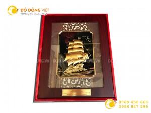 Tranh thuyền buồm dát vàng 24k quà tặng doanh nghiệp