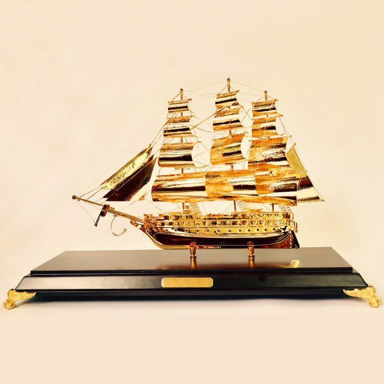 Tàu chiến lê quý đôn mạ vàng 24k